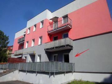 Byt 3+KK s velkou terasou + garáží